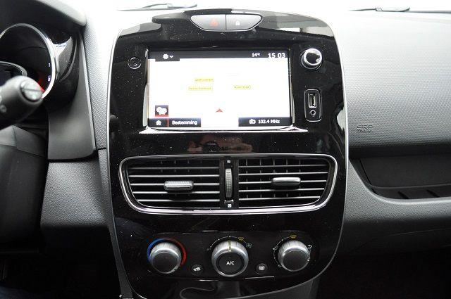 Renault Clio -1564662368 (1).jpg